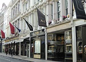 Piccadilly London And The Athenaeum Around The World In