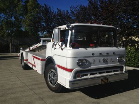 1958 Ford C800, Vintage Cab Over Car Hauler/ramp Truck Coe