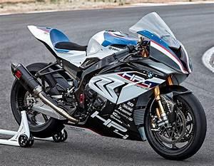 Bmw S1000rr Hp4 2017 : bmw hp4 race bikers pinterest bmw motorcycles moto bike and motorcycle design ~ Medecine-chirurgie-esthetiques.com Avis de Voitures