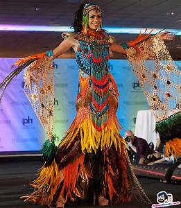 Miss Universe 2017 National Costume -- Lauriela Martins ...