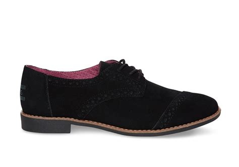 betsey johnson shoes toms black suede 39 s brogues in black lyst