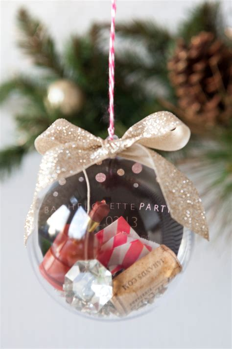 learn how to make this darling wedding keepsake ornament