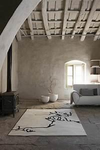 savourer la beaute de tapis berbere en 44 photos With tapis peau de vache avec canapé lit bultex pas cher