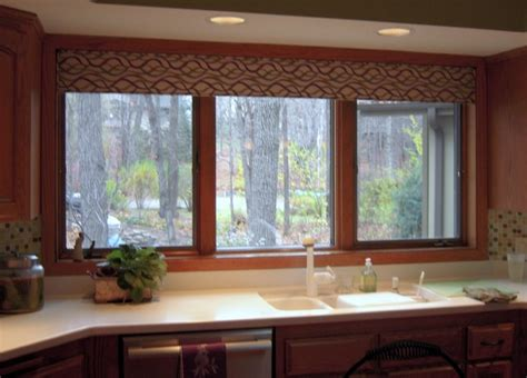 Kitchen Valance by Kitchen Valance
