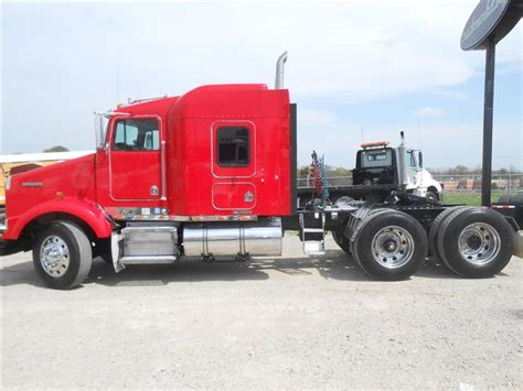 buy used kenworth truck used 2004 kenworth t800 tandem axle sleeper for sale in ms