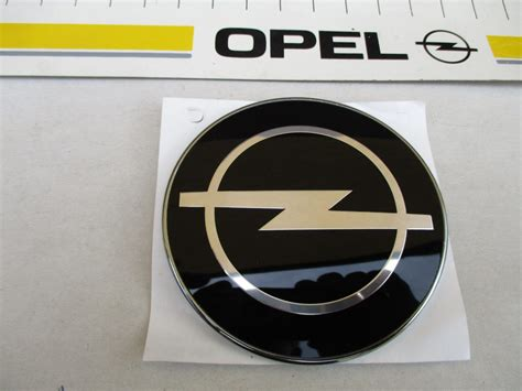 Opel Emblem by Opel Omega B Caravan Opel Emblem Hinten Original Opel