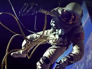 Space Center Houston | Astronaut Gallery