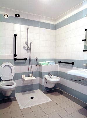 bathroom designs   elderly  handicapped lovetoknow