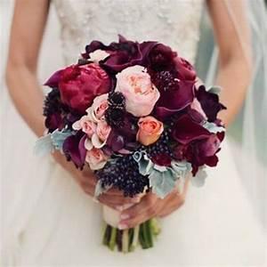 les 25 meilleures idees de la categorie robes de mariee de With chambre bébé design avec bouquet de fleur demoiselle d honneur
