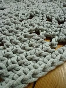 Tapis En Crochet : mini tapis gros crochet en sortant de l 39 cole ~ Teatrodelosmanantiales.com Idées de Décoration