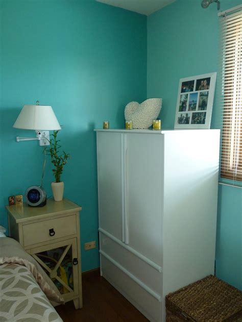 paint color teal zeal wall color behr teal zeal jamaica bay www homedepot
