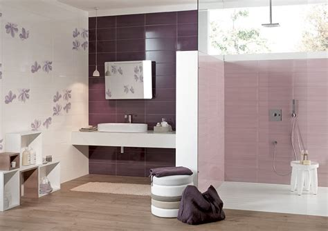 piastrelle viola bagno viola dal design moderno ecco 20 idee per un