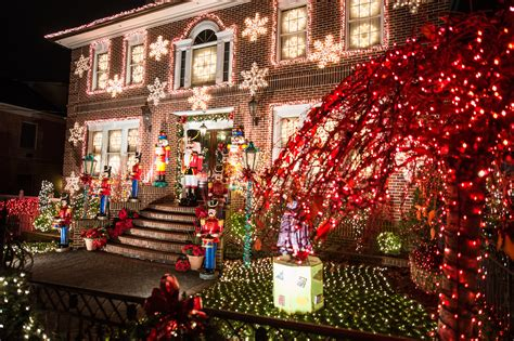 when do they take down christmas decorations at disneyland when do they take decorations in nyc 2017 www indiepedia org
