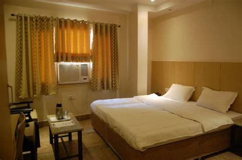 hotel malik residency brahm nagar kanpur hotel reviews