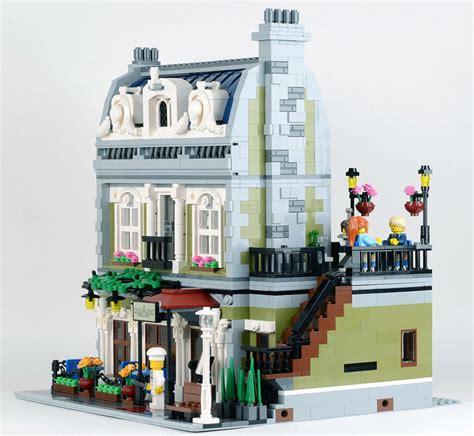 Lego Parisian Restaurant Modular Building (10243) Reviewed