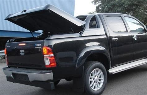 product fullbox toyota hilux  tuning