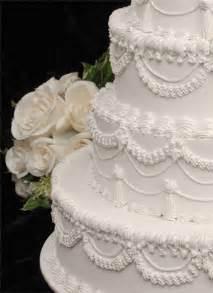 traditional wedding cake traditional white wedding cake mind sprints