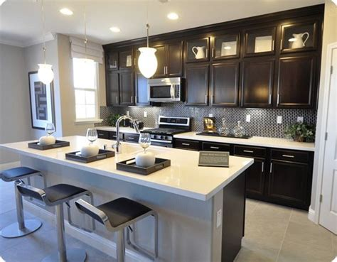 pictures of kitchens with white cabinets 1000 images about kitchen inspo on stove 9126