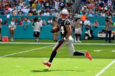 Patriots CB Stephon Gilmore tests positive for COVID-19