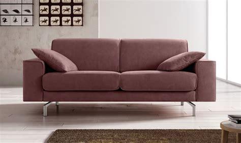 Divano 3 Posti Design Moderno Con Cuciture Bordate E