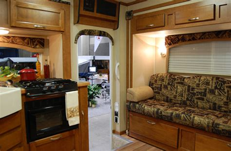 east  campers chalet rv ts  triple  truck camper