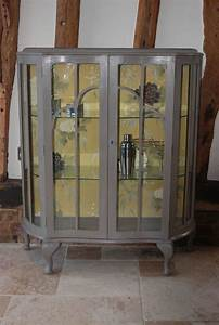 25+ best ideas about Glass display cabinets on Pinterest ...