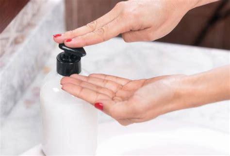 Gunakan layanan kompresi gambar ini untuk memperkecil ukuran gambar. Gambar Remaja Mencuci ~ 6 Tips Mencuci Pakaian Menggunakan Tangan Cara Efektif Tanpa Merusak ...