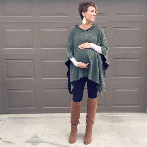 Best 25+ Maternity leggings outfit ideas on Pinterest   Maternity outfits Maternity wear and ...