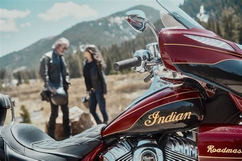 Indian Roadmaster 2019 by 2019 Indian Roadmaster Elite Look 8 Fast Facts