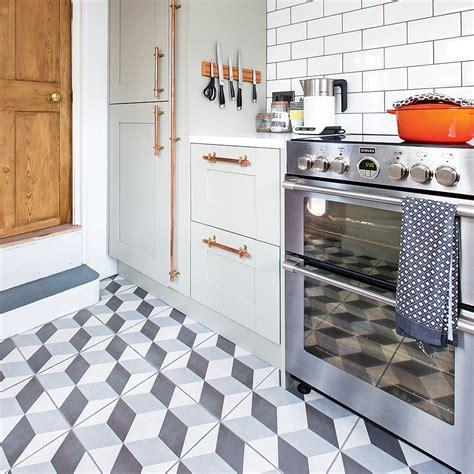 kitchen floor ideas pictures kitchen flooring ideas to give your scheme a look