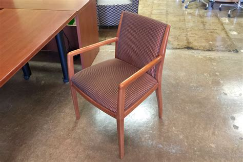 wood side chairs bernhardt side chairs cherry wood frame fci dallas 1149