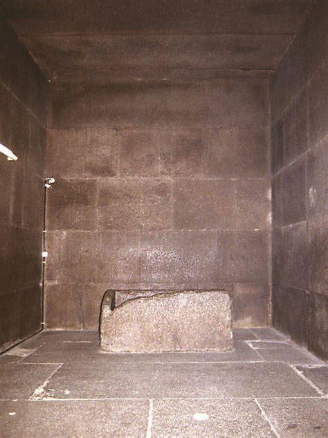 chambres mortuaires les mystères des pyramides de gizeh site de