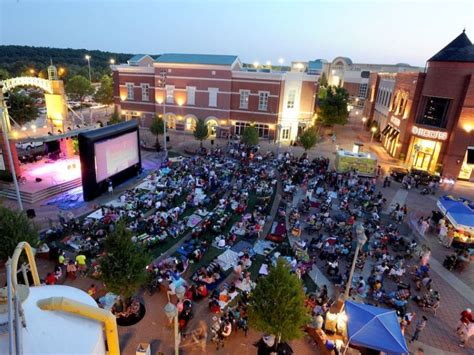 'movies Under The Stars' Returns To Mall Of Georgia