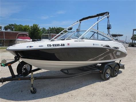 Boat Dealers Conroe Tx by H New And Used Boats For Sale