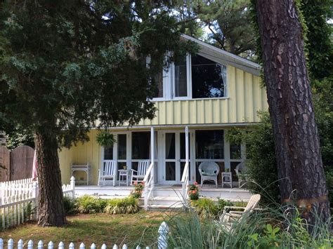 rehoboth by the sea family beach house weeks available spring summer vacationrentals com