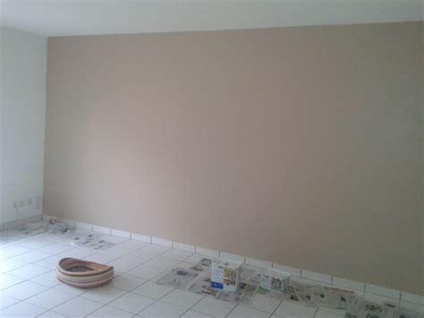 chambre mur taupe chambre mur blanc et taupe design de maison