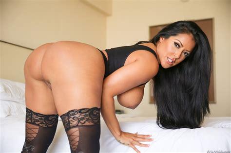 Kiara Mia Has A Big Sexy Ass Porn Photo