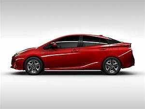 New 2017 toyota prius price photos reviews safety for Toyota prius invoice