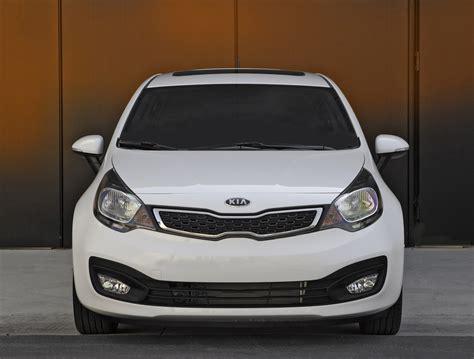 kia describes  rio sedan