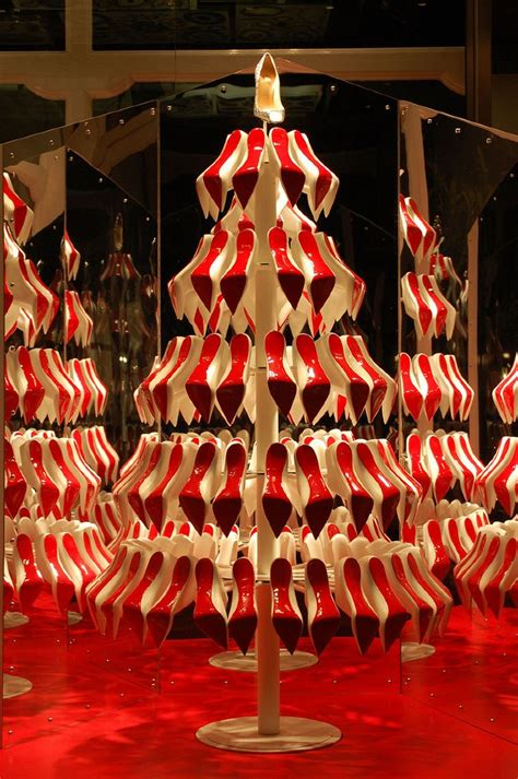 christmas decoration visual top 25 ideas about visual merchandising on symmetrical balance graphics and visual