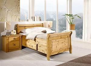 Bett Holz 90x200 : massivholz bett mit schublade 90x200 cm holzbett kiefer massiv gelaugt ~ Markanthonyermac.com Haus und Dekorationen