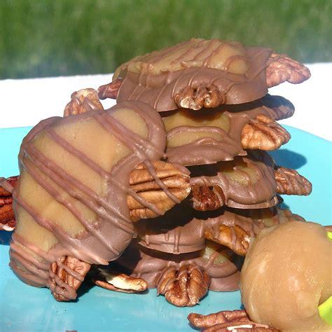 turtle recipe homemade caramel turtles easybaked