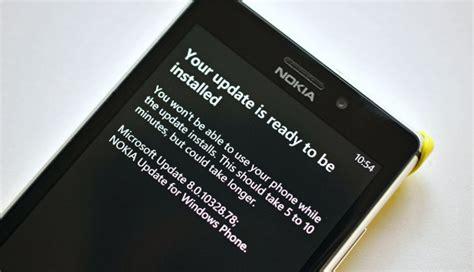 na ekranie mojego telefonu nokia lumia cały czas obracają