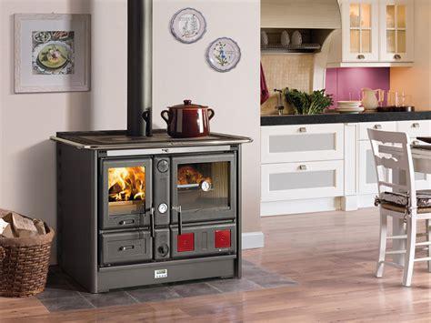 cuisine avec piano central cuisine avec piano central 8 cuisiniere bois evtod