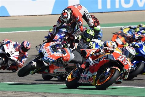The latest motorcycle racing news: Lorenzo still blames Marquez for Aragon MotoGP crash and ...
