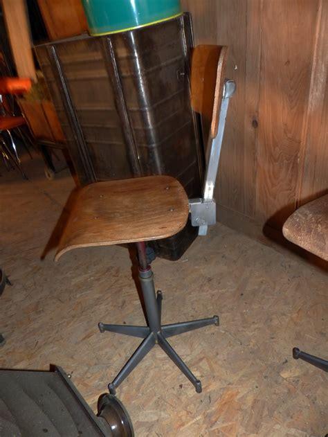 chaise atelier chaises industrielles ancienne métal bois décapées