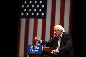 Bernie Sanders focuses supporters on the issues as he ...