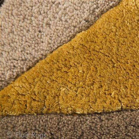 tapis fait ocre scorpio flair rugs 90x150