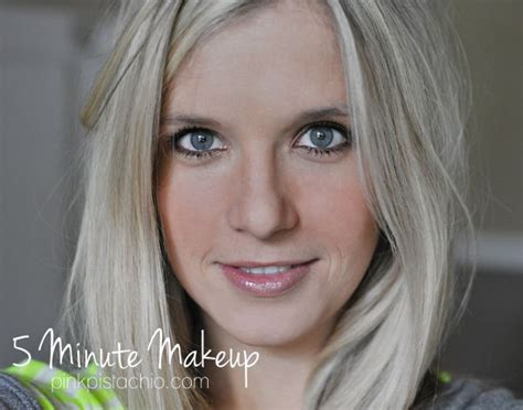 Best   Minute Makeup Ideas On Pinterest  Minute Makeup Tips  Minute Beauty Routine And