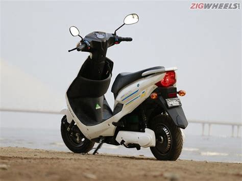 Bike Review: Hero Electric Cruz - Rediff.com Get Ahead
